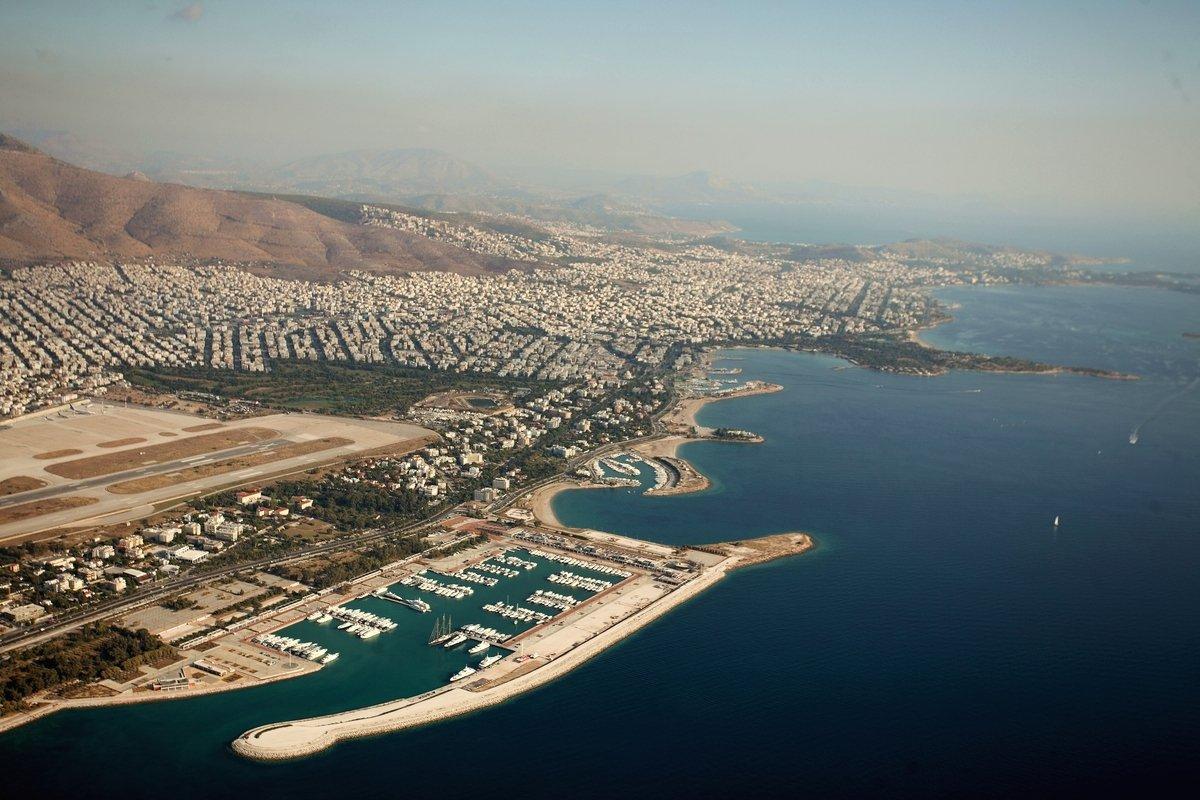 Agios - Kosmas Marina
