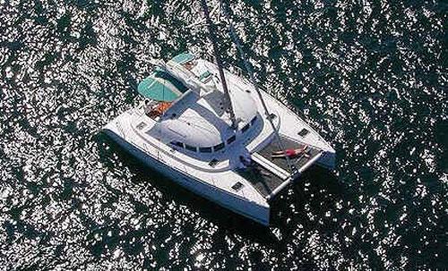 Lagoon 380  'Stray Cat'