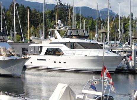 Queenship Motor Yacht 64