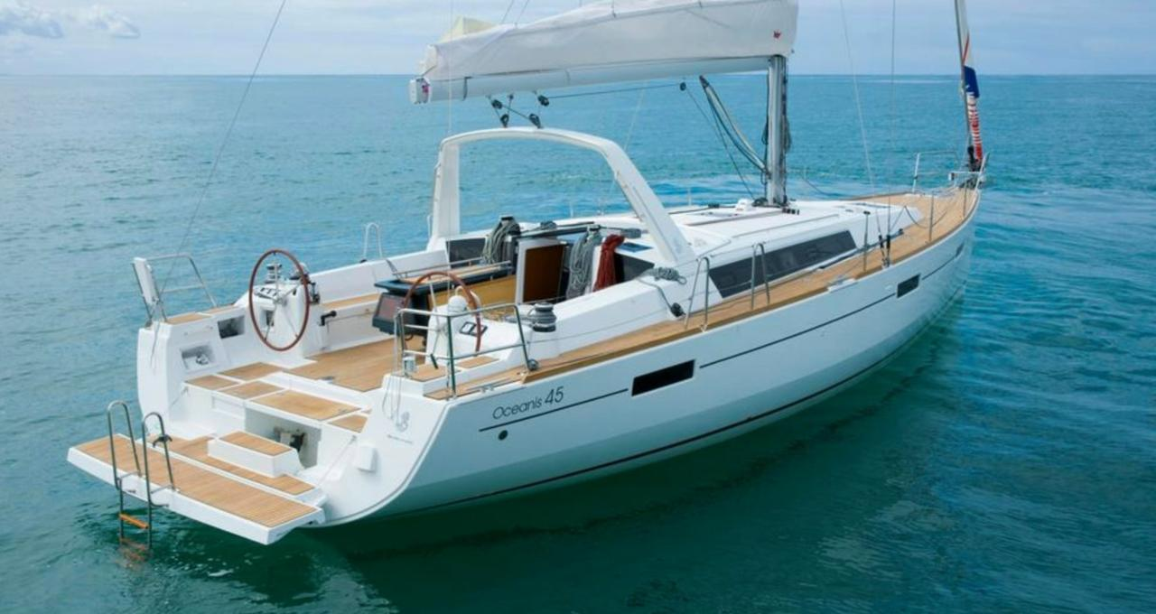 Blog de location de bateaux Océanis 45