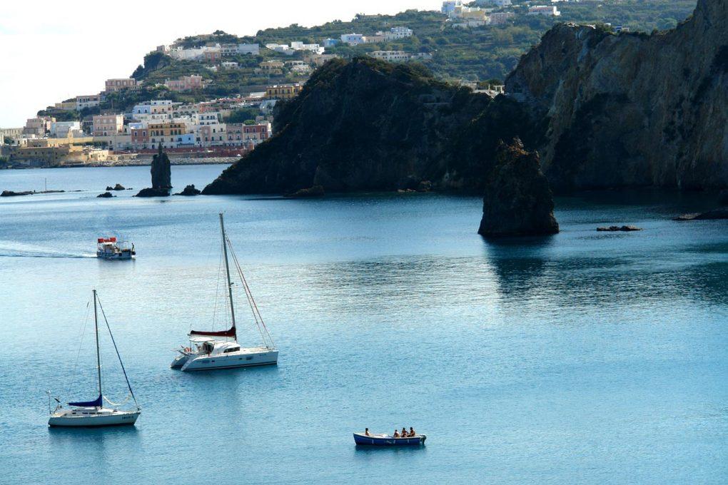 Découvrez les îles de la côte ouest-italienne en bateau